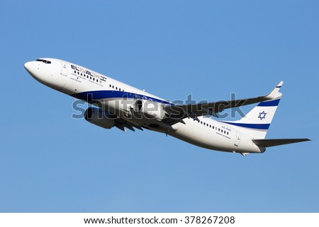 AMSTERDAM-SCHIPHOL - FEB 16, 2016: El Al Israel Airlines Boeing 737 take-off from SChiphol airport - stock photo