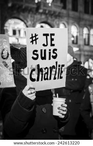 """Amsterdam, The Netherlands, January 08 2015: demonstation in solidarity with the attack against Charlie Hebdo in Paris, France on 07 January. The sign says """"I am Charlie"""" - stock photo"""