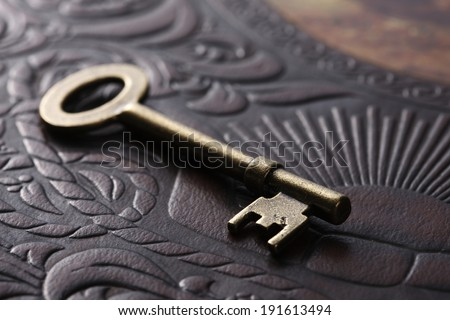 An image of Books and key