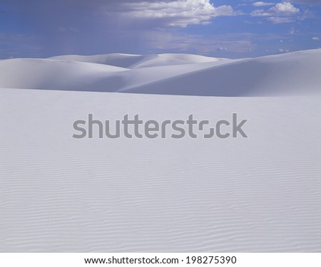 An Image of White Sands