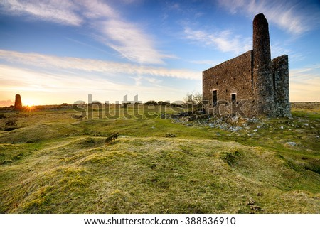 An old abandoned engine house left over from copper mining at Minions on Bodmin Moor in Cornwall