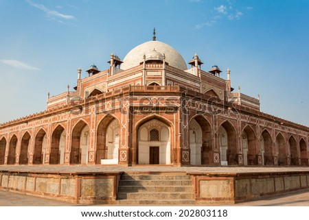 An old Indian building architecture - Humayuns Tomb - stock photo