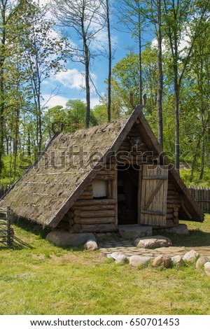 Genial An Old Viking House, A Small Wooden Hut, Interior Details