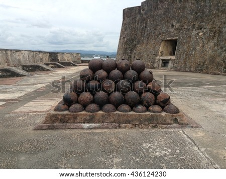 Ancient Cannon, Old San Juan in Puerto Rico : One of the oldest city of the new world