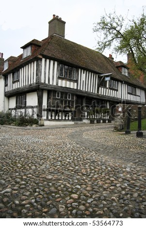 ancient tudor houses line the cobbled street of historic rye in east sussex  england