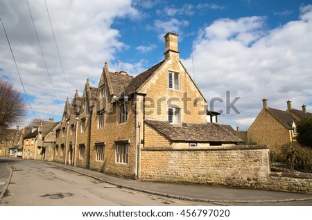 "Ancient village ""Lower Slaughter"" in the Cotswolds region"