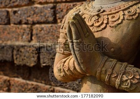 Pillars Temple Complex Qutb Minar On Stock Photo 551168632