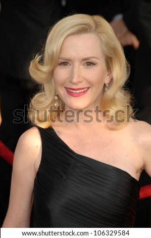 Angela Kinsey at the 15th Annual Screen Actors Guild Awards. Shrine Auditorium, Los Angeles, CA. 01-25-09