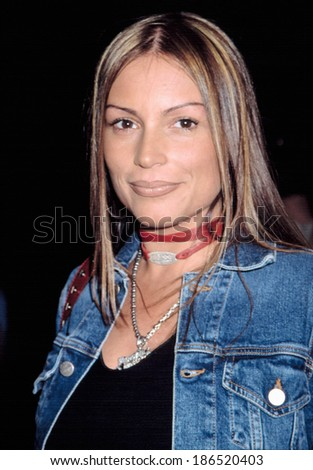 Angie Martinez at premiere orf BROWN SUGAR, NY 10/7/2002