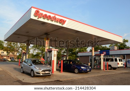ANN ARBOR, MI - AUGUST 30: Speedway, whose northeast Ann Arbor location is shown on August 30, 2014, has almost 1,500 convenience stores in nine states.  - stock photo