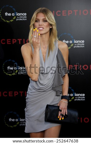 "AnnaLynne McCord at the Los Angeles Premiere of ""Inception"" held at the Grauman's Chinese Theater in Los Angeles, California, United States on July 13, 2010."