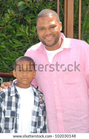 "Anthony Anderson and son at the ""Shrek Forever After"" Los Angeles Premiere, Gibson Amphitheater, Universal City, CA. 05-16-10"