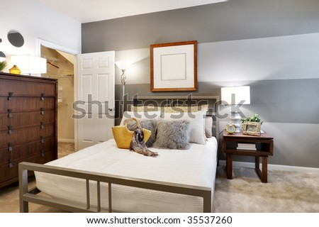 Apartment Bed Room