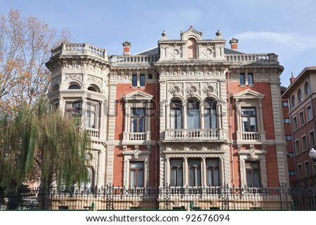 Apartment building classical style bilbao basque stock for Styling bilbao