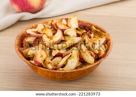 Apple chips in the bowl - diet snack