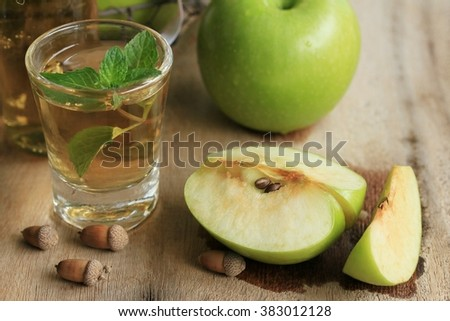 apple green with juices