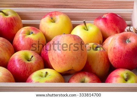 Apple in a wooden crate