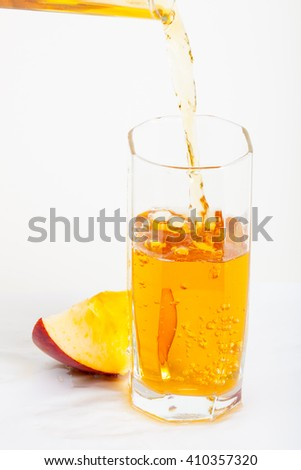 apple juice and slice rich apple