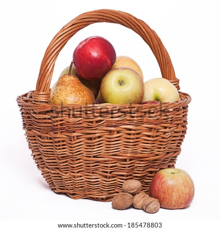 apples and pears in the basket