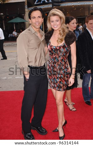 Apprentice star JENNIFER MURPHY & DR. BILL DORFMAN at the Los Angeles premiere of Zathura. November 6, 2005  Los Angeles, CA.  2005 Paul Smith / Featureflash