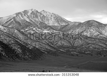Approaching Boundary Peak in the White Mountains, Nevada 13er and state high point on California border across from Sierra Nevada Mountains - stock photo