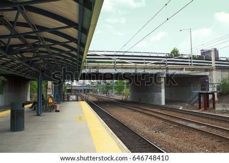 Architecture: New Haven State Train Station.