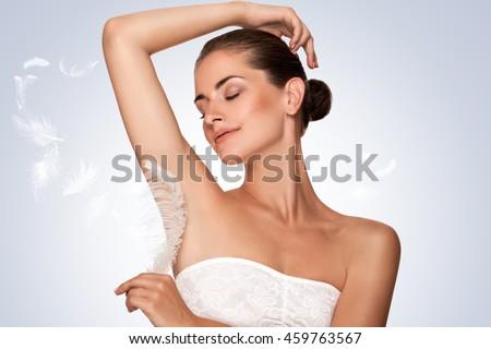 how to clean dark armpits