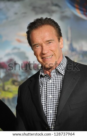 """Arnold Schwarzenegger at the world premiere of Disney's """"Oz: The Great and Powerful"""" at the El Capitan Theatre, Hollywood. February 13, 2013  Los Angeles, CA Picture: Paul Smith - stock photo"""