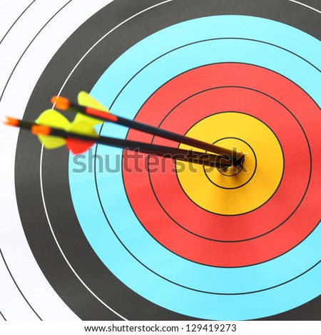 arrows focus to archery target