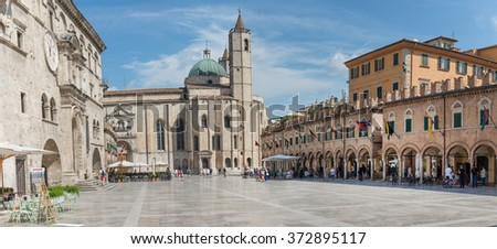 ASCOLI PICENO, ITALY- AUGUST 25: people in People's Square. It is a popular square in the Renaissance style of the city of Ascoli Piceno on august 25, 2015 in Ascoli - IT