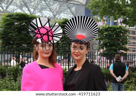 ASCOT - JUN 20, 2013: Racegoers attend day two of Royal Ascot at Ascot Racecourse on Jun 20, 2013 in Ascot
