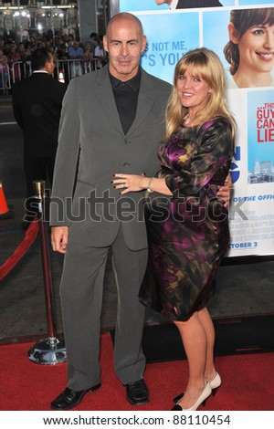 "Ashley Jensen & husband at the U.S. premiere of ""The Invention on Lying"" at Grauman's Chinese Theatre, Hollywood. September 21, 2009  Los Angeles, CA Picture: Paul Smith / Featureflash"