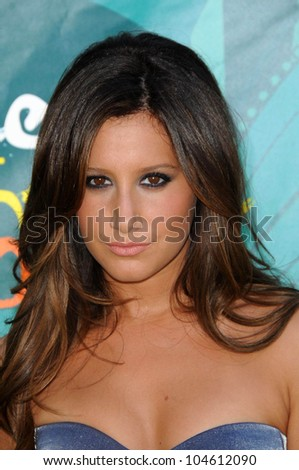 Ashley Tisdale  at the Teen Choice Awards 2009. Gibson Amphitheatre, Universal City, CA. 08-09-09
