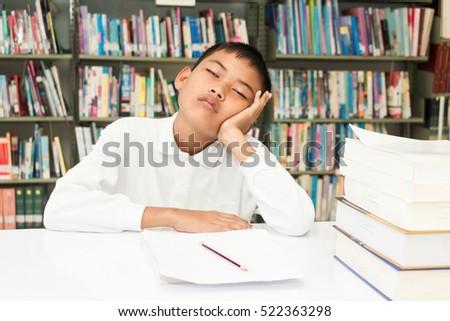 Contoh menulis essay dalam bahasa inggris
