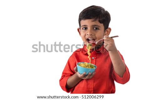 how to eat noodles with fork