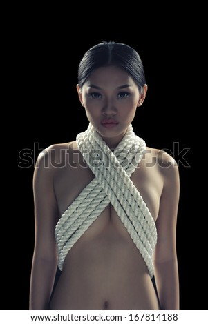 Asian girl nude in rope
