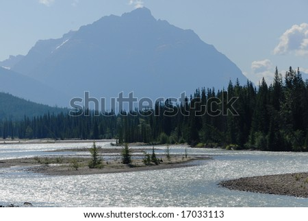Athabasca River in Jasper National Park, Canadian Rockies
