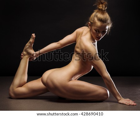 nude athletic women