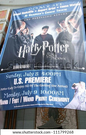 """Atmosphere at the Hand, Foot and Wand Print Ceremony Honoring The Cast of """"Harry Potter"""". Grauman's Chinese Theater, Hollywood, CA. 07-09-07 - stock photo"""