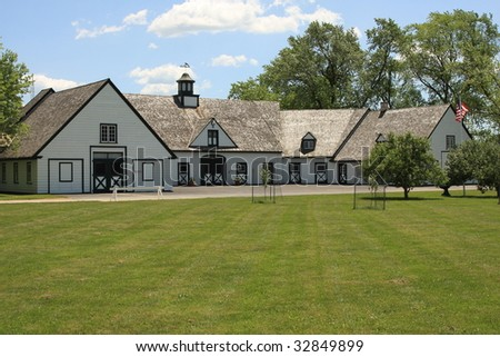 Attractive barn and stables in the Midwest