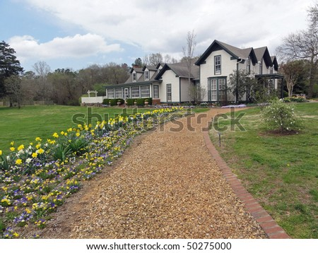 Attractive Vintage Country House Gardens Northern Stock Photo - Vintage country house