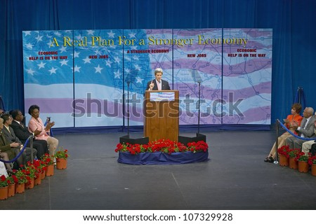 AUGUST 2004 - Senator John Kerry at podium of major policy address on the economy, CSU- Dominguez Hills, Los Angeles, CA