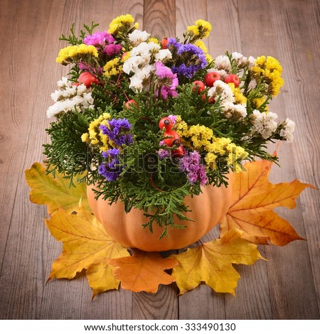 Autumn flower arrangement stock photos royalty free for Autumn flower decoration