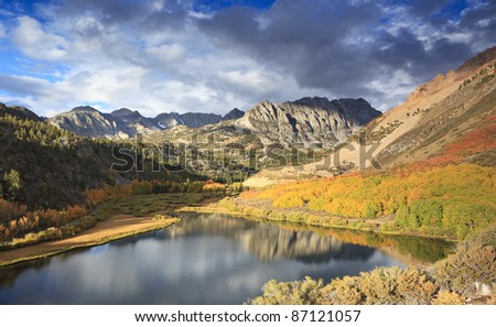 Autumn sunrise at North Lake in eastern Sierra Nevada mountains, California