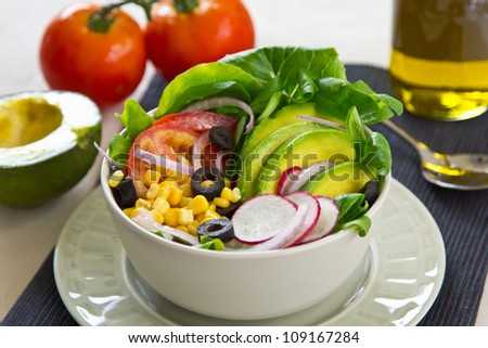 Avocado and sweetcorn salad