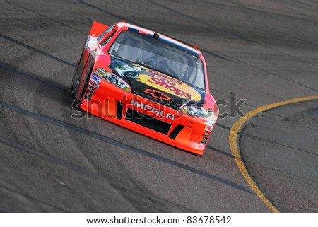 AVONDALE, AZ - FEB 25: Jamie McMurray (1) at speed in a practice session for the SUBWAY Fresh Fit 500 race on Feb. 25, 2011 at the Phoenix International Raceway in Avondale, AZ.