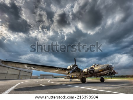 B17 Super Fortress World War 2 Bomber preparing for take off - stock photo