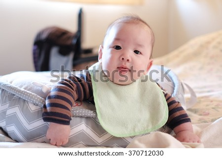 Baby boy crawling - stock photo