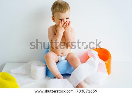 baby sitting photos