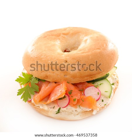 bagel with vegetable and salmon fillet